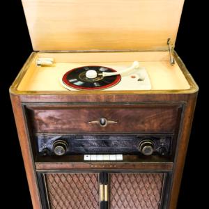 Meuble tourne disques et radio années40